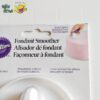Fondant Smoother by Wilton