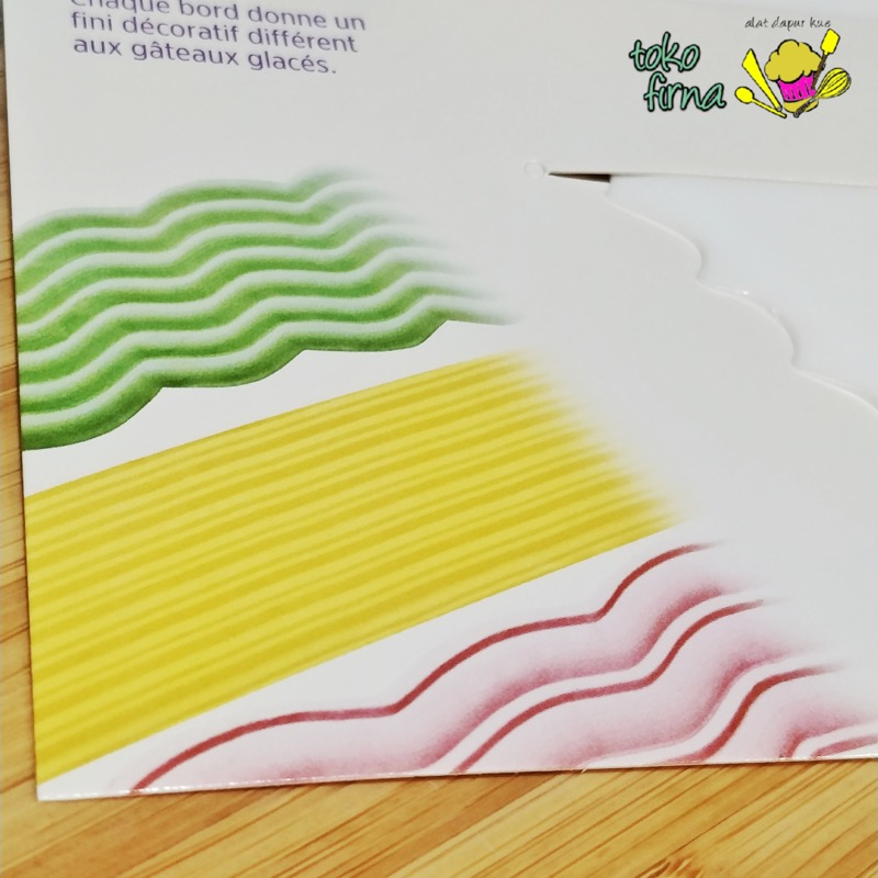 Scraper Comb Sisir Kue Decorating Triangle Wilton